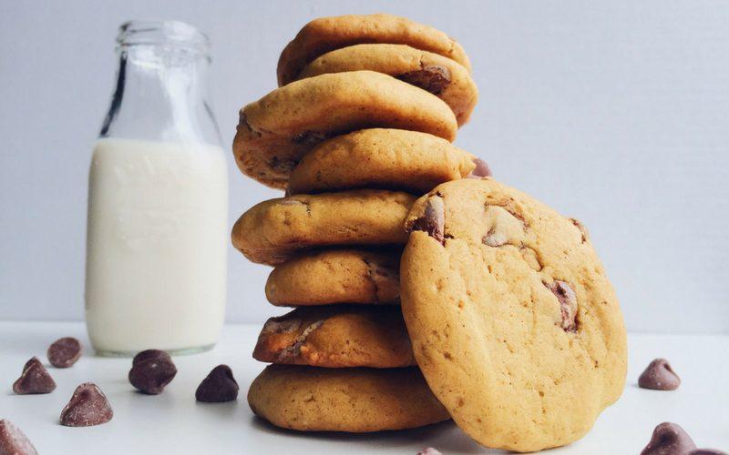 brown butter pumpkin chocolate cookies