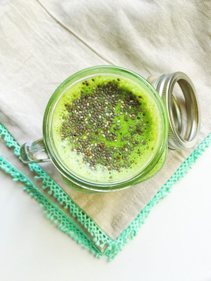 tropical pineapple green smoothie