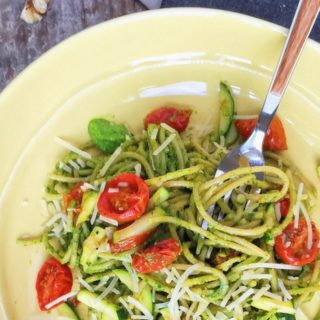 spaghetti with kale pesto