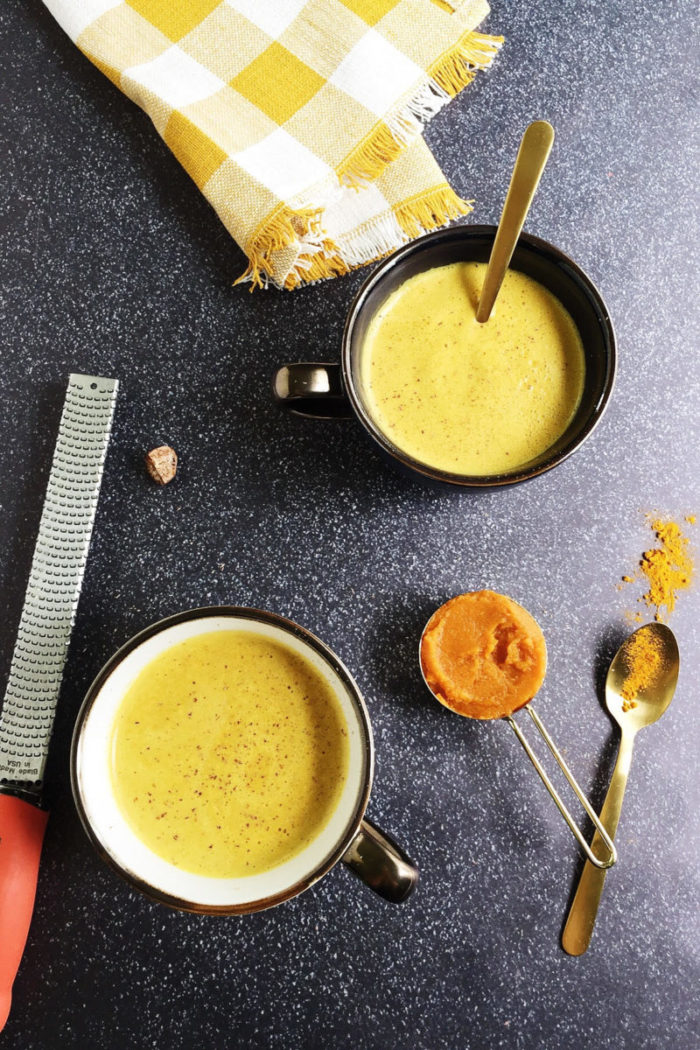 pumpkin spice turmeric tea