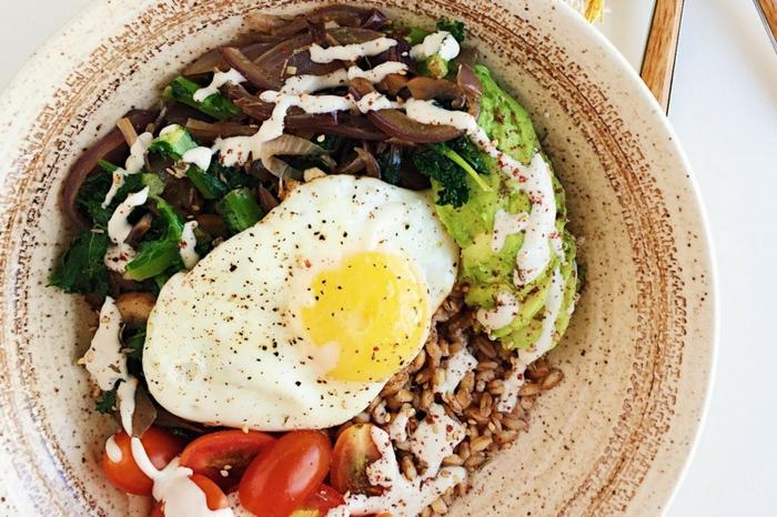 farro breakfast bowls