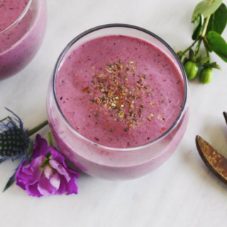 Nutty Flax and Berry Smoothie