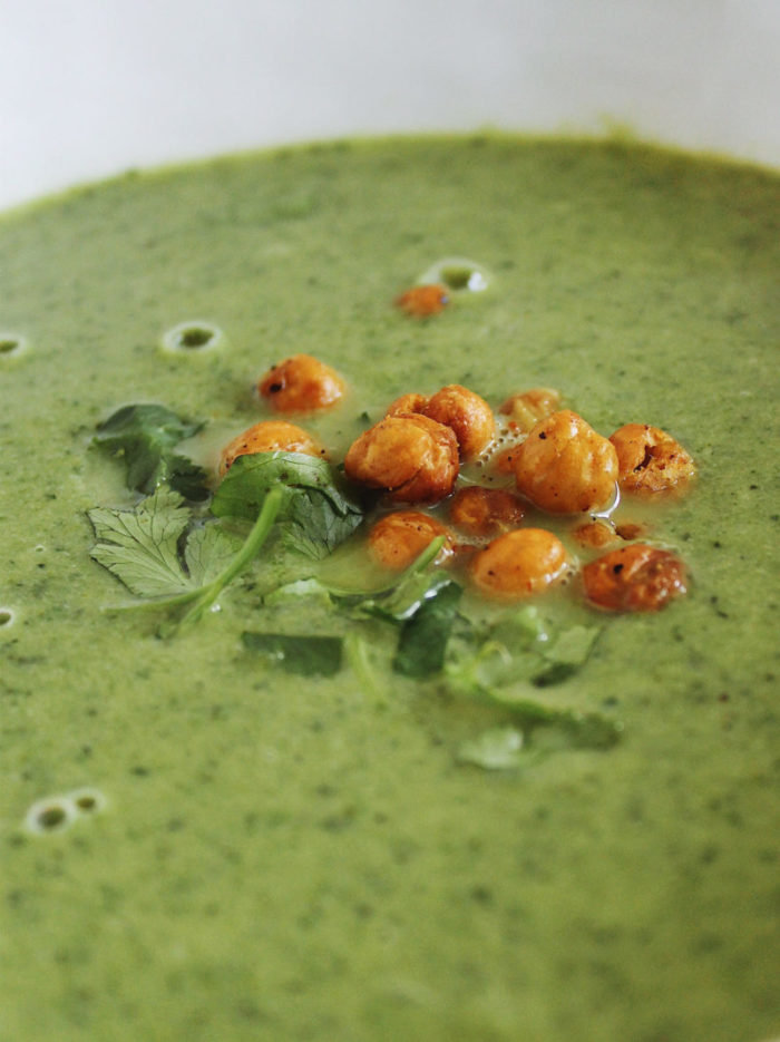 vegan broccoli kale soup