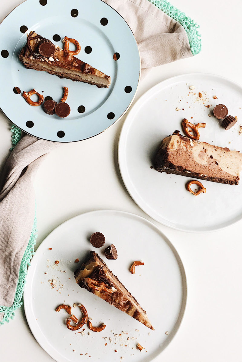 pretzel peanut butter chocolate cheesecake
