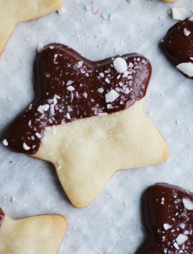 Chocolate-Dipped Peppermint Shortbread