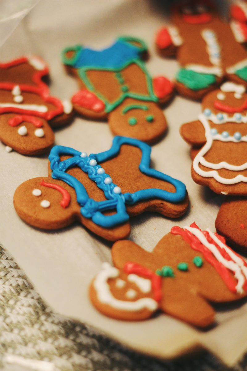 Gingerbread Man Decorating Party