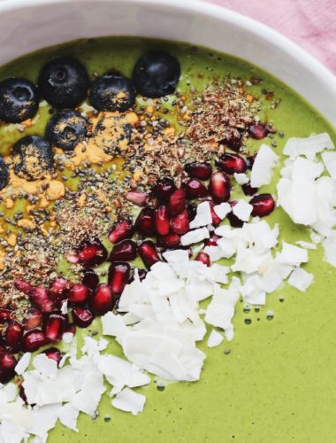 Honey Matcha Smoothie Bowl