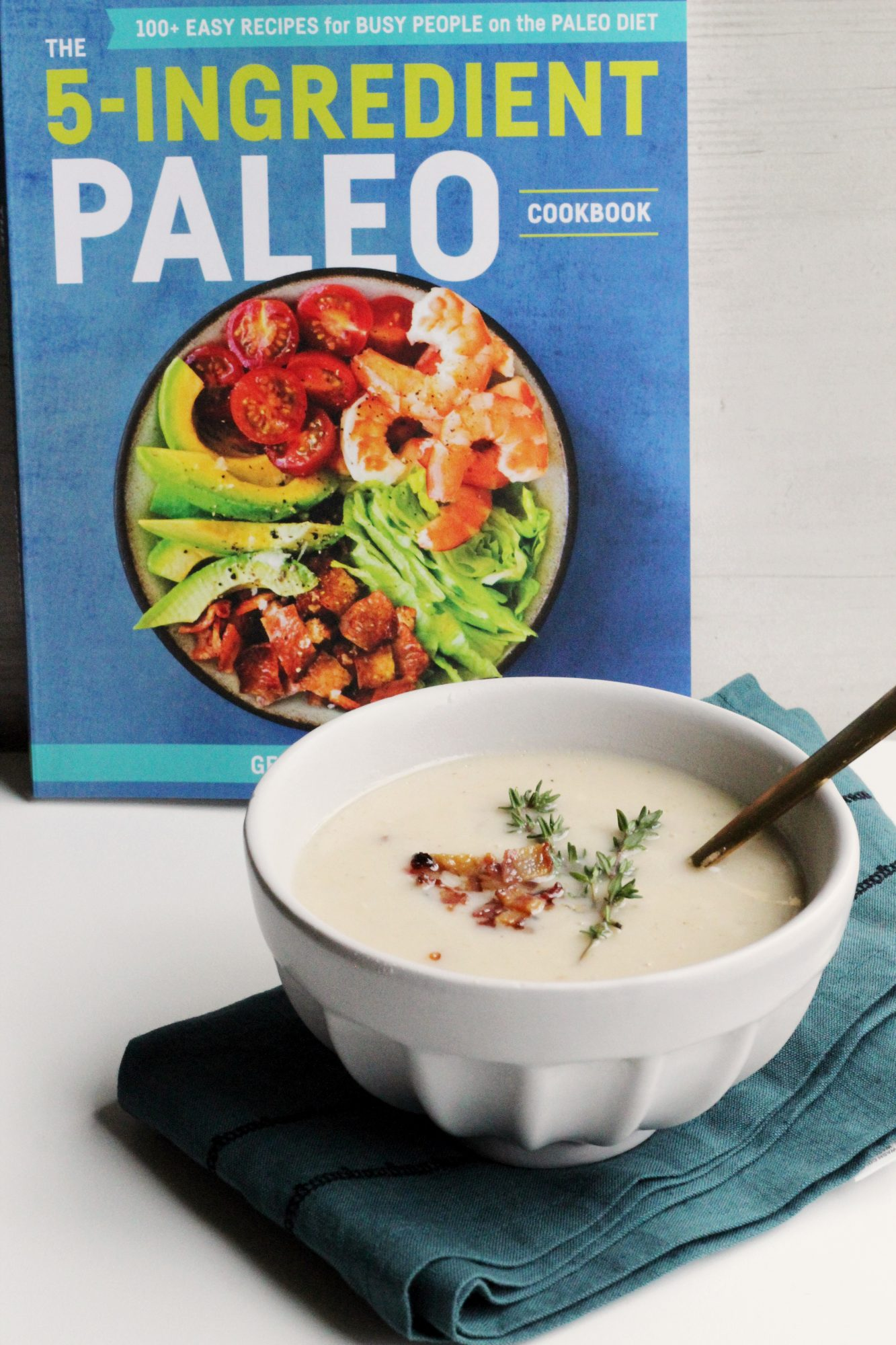 Roasted Cauliflower Soup with Bacon (Paleo)